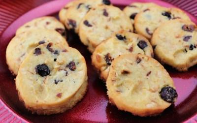 Keto Cranberry Orange Shortbread Cookies