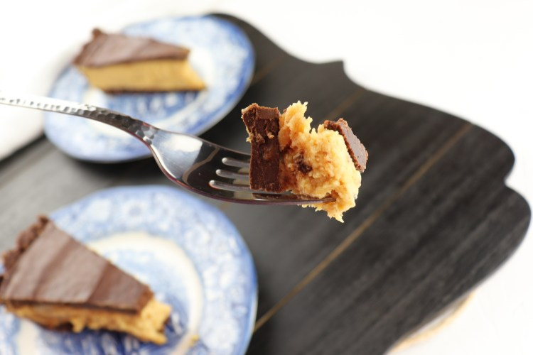 Keto peanut butter pie bite #ketodesserts #lowcarbrecipes