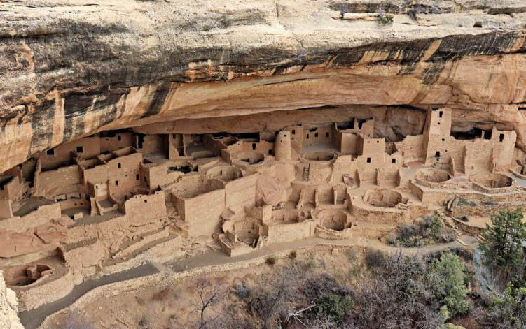 1 Day Mesa Verde Map Itinerary, self-guided tour for families #mesaverde #familytravel