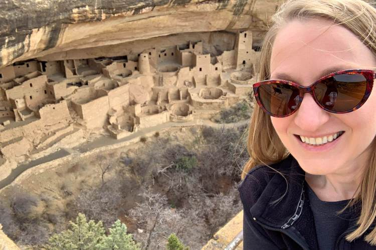 Explorer Momma at Cliff Palace, Mesa Verde NP #cliffpalace #mesaverde