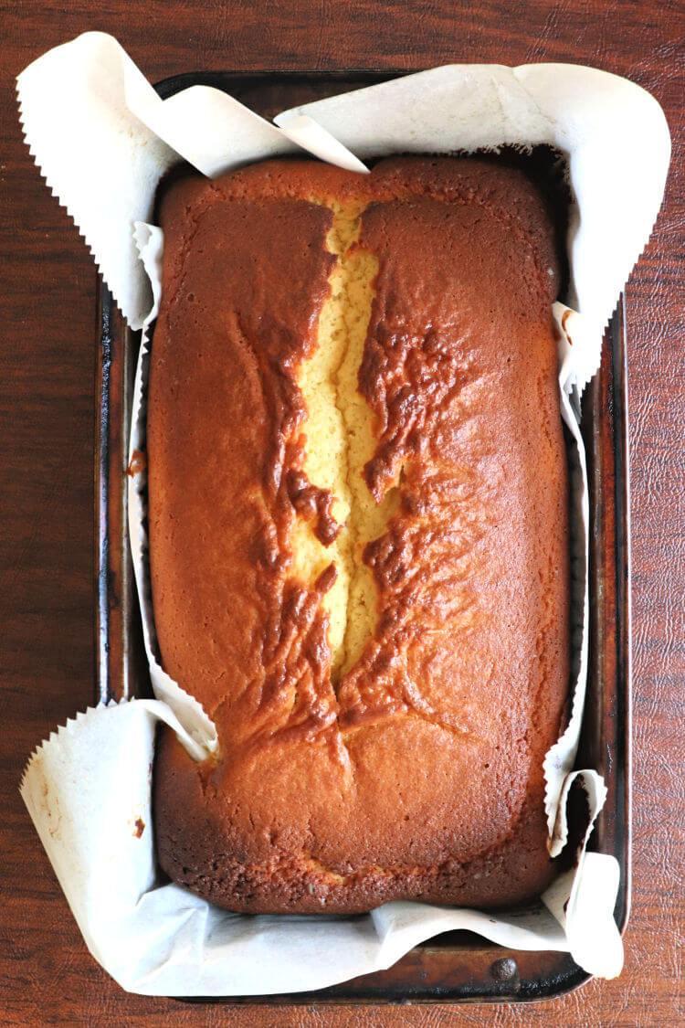 Unfrosted keto pound cake #ketodesserts #ketobreakfastrecipes