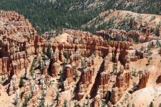 Bryce Canyon rock formations near Inspiration Point