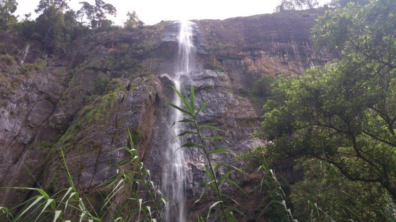 Diyaluma Falls in Dry Season