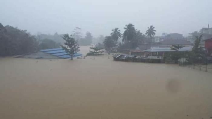 Sri Lanka flood - Neluwa