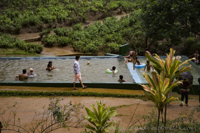 Pool at Sembuwatta Lake