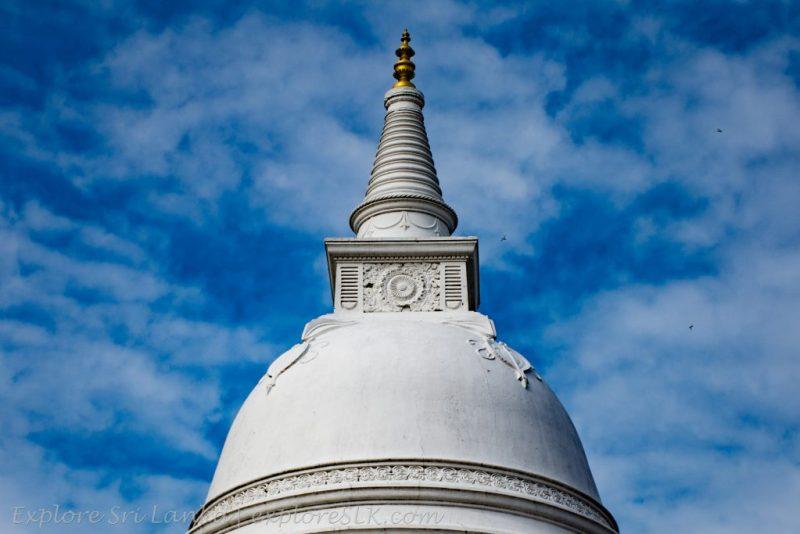 Isurumuniya Stupa