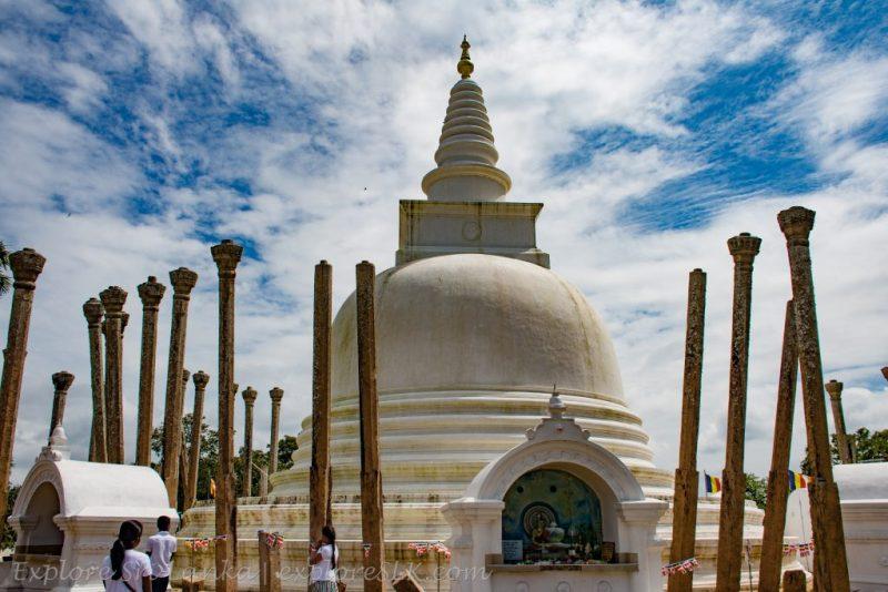 Thuparamaya Stupa and Stone Pillars