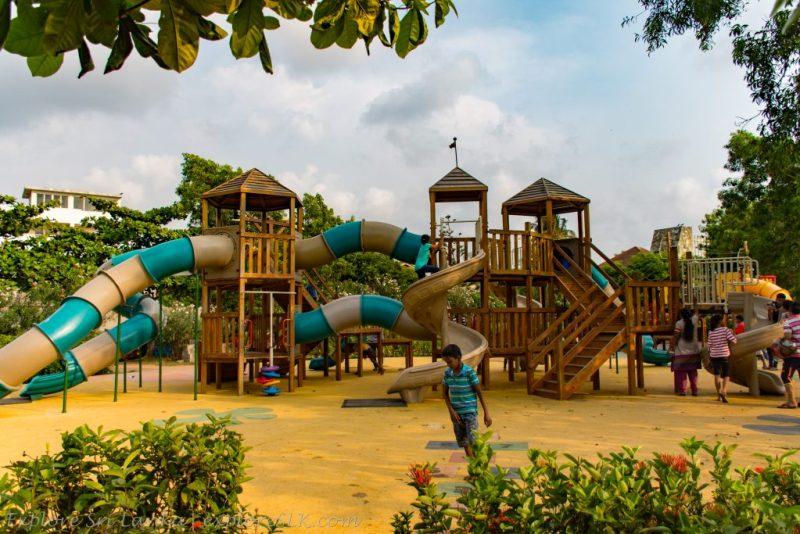 Crow Island Beach Park