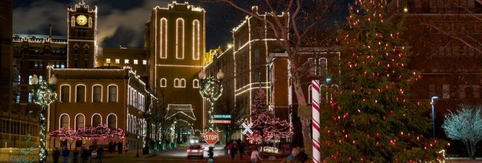 anheuser busch brewery lights don t miss holiday classics this year in st louis mo