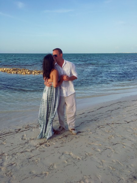 Kissing in Turks and Caicos