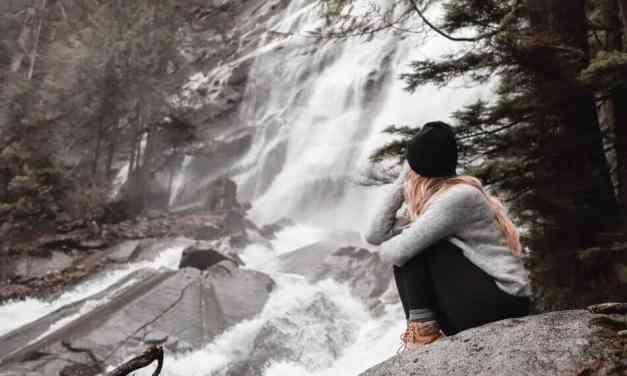 Bridal Veil Falls in Winter: Easy Hike, Massive Reward