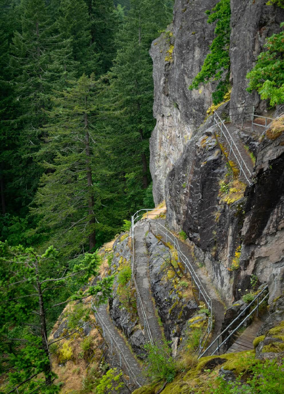 beacon-rock-hike