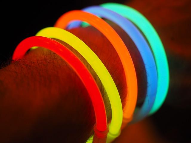 glow-stick-693833_640 (1).jpg
