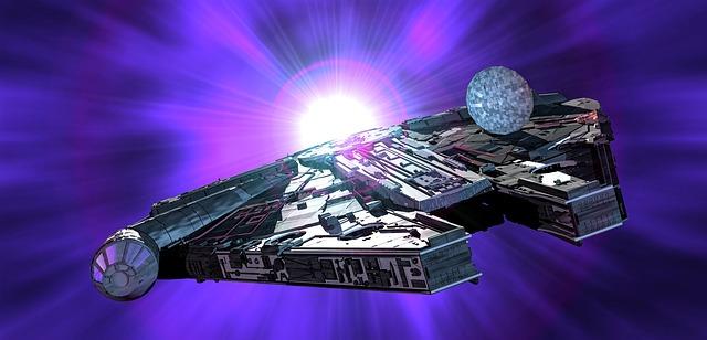 millennium-falcon-1343464_640.jpg