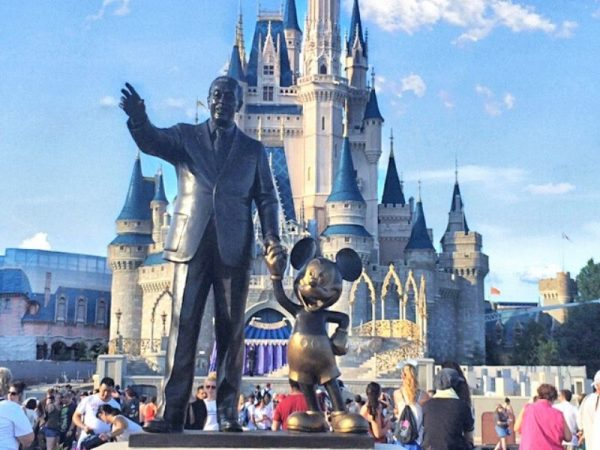 Partner Statue in front of Cinderella Castle