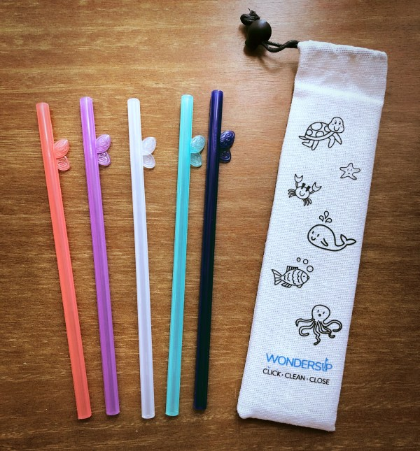 Wondersip one click open reusable straw is a great gift for anyone wanting to reduce their plastic waste on vacation