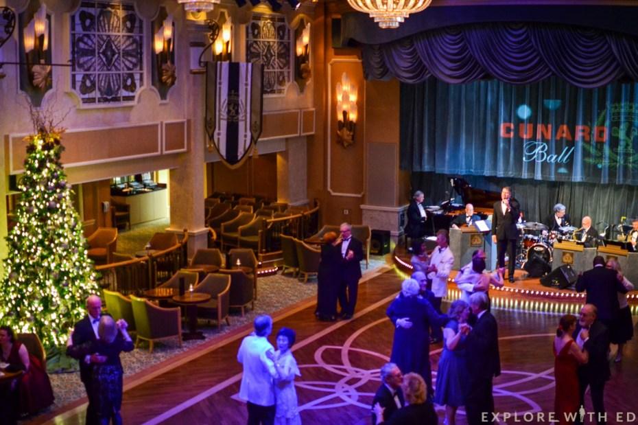 Cunard Ball Queen Elizabeth, Christmas cruise