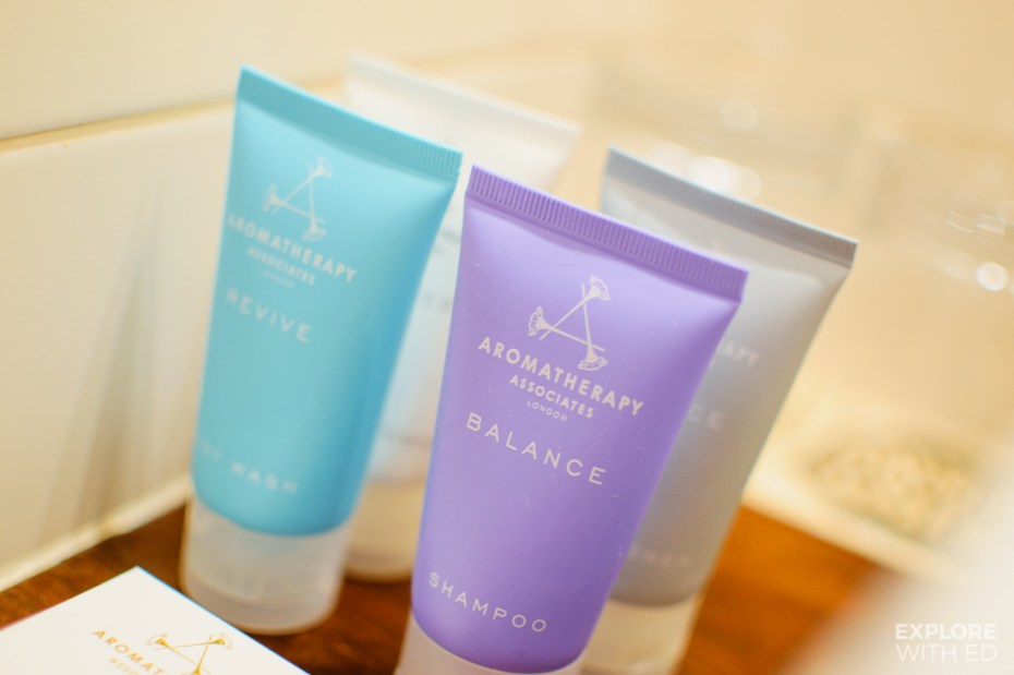 Aromatherapy bath and shower toiletries