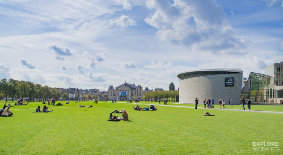 The green museumplein area with Van Gogh museum