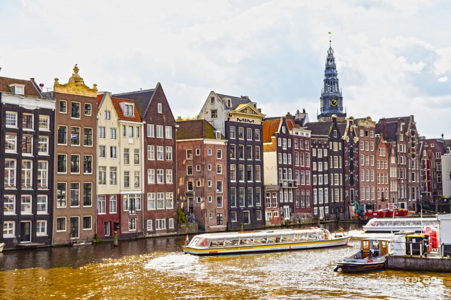 Canal cruises from Damrak near Amsterdam Centraal Train Station