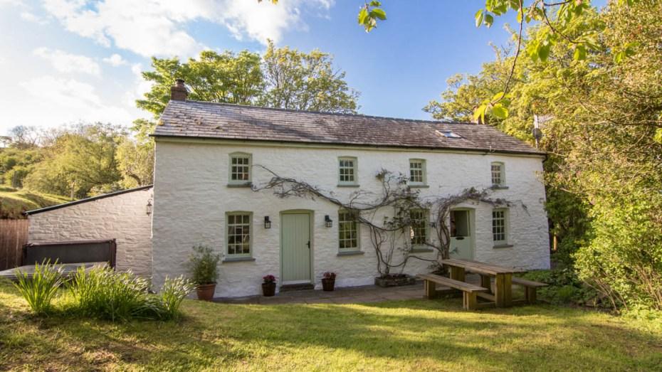 Tyn Y Coed Cottage
