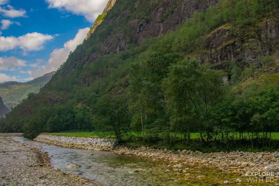 The clear Nærøydalselvi river