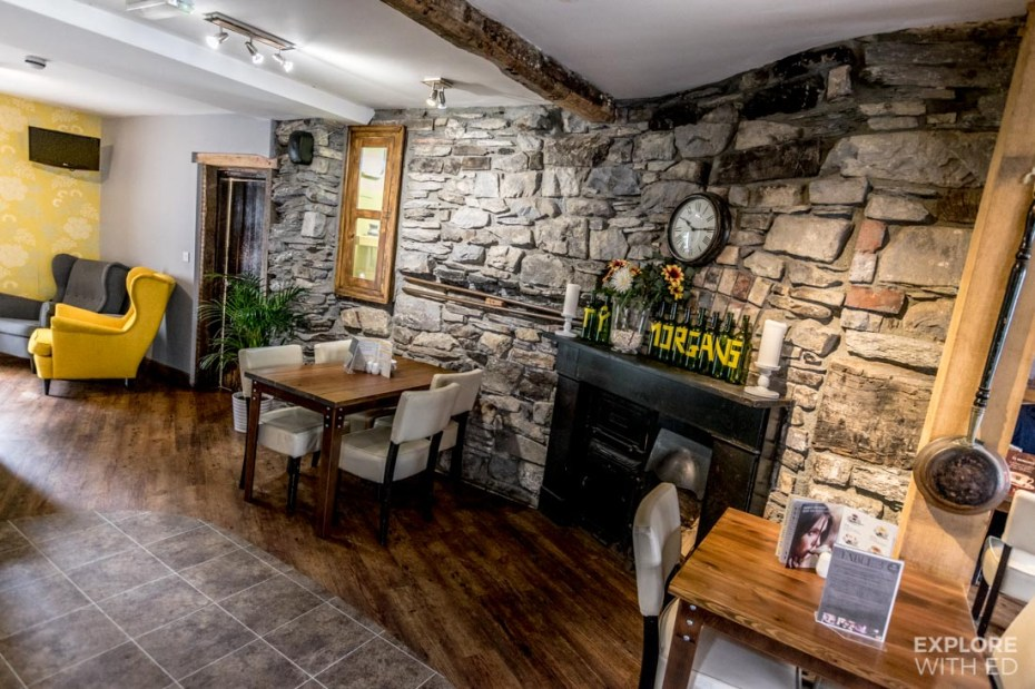 Ty Morgans Restaurant and Bar area