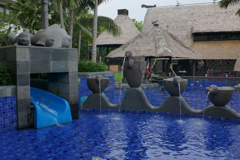 Kids Choose Holiday Inn Bali Benoa - pool