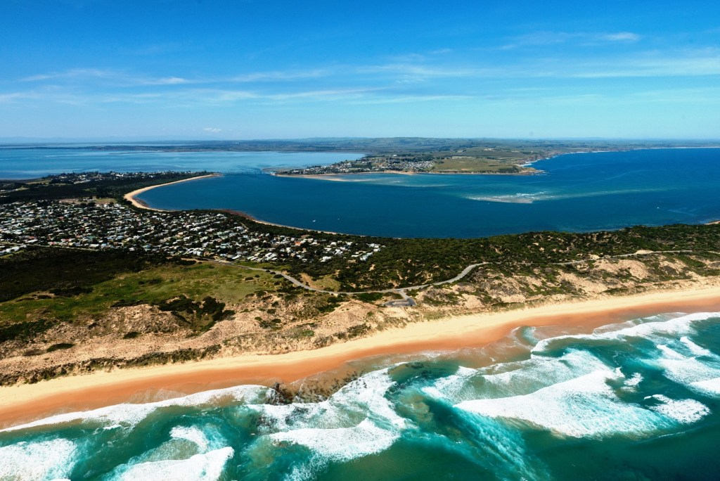 Couple Experiences On Phillip Island - helicopter