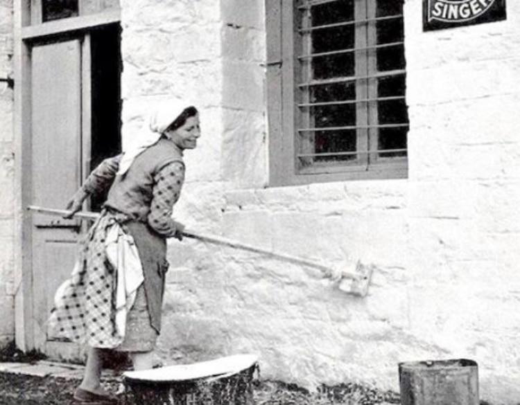 Ασβέστωμα των σπιτιών: Μια συνήθεια από το Πάσχα μιας άλλης εποχής 1