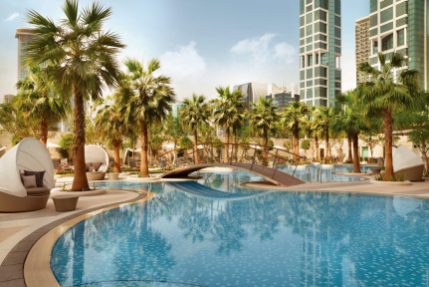 Shangri-La Doha Qatar beautiful pool