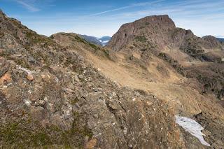 Follow the connecting ridge to Mount Schoen