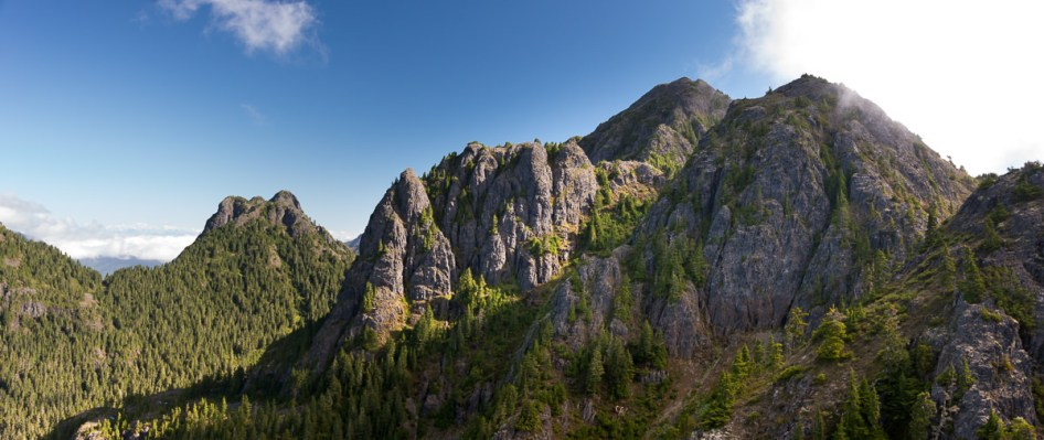 Genisis Range, Hiking Vancouver Island, Explorington, Matthew Lettington,