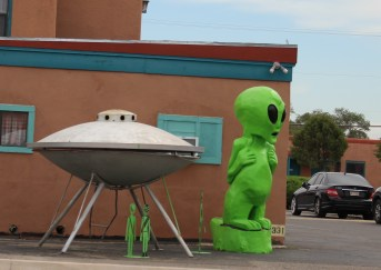 Alien with ship at Hotel in Roswell