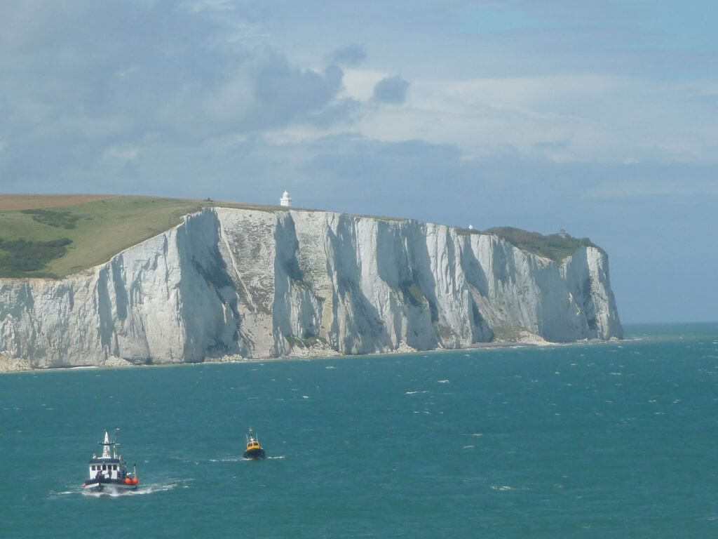 1200px-White_Cliffs_of_Dover_02