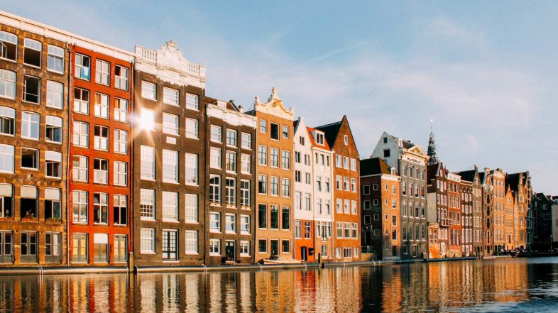 THE DIGITAL NOMAD GUIDE TO AMSTERDAM