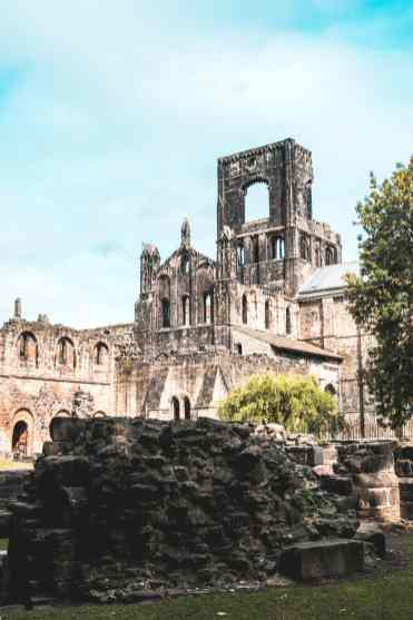 kirkstall-abbey-2