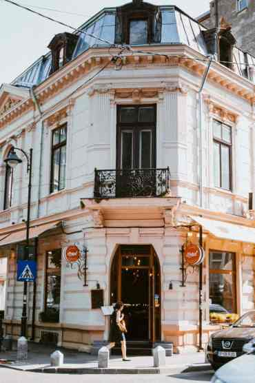Bucharest1 - De 11 Boekarest bezienswaardigheden die je niet mag missen (+ restaurant tips!)