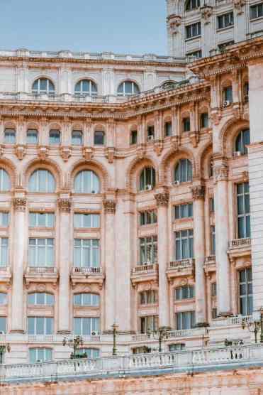 Bucharest34 - De 11 Boekarest bezienswaardigheden die je niet mag missen (+ restaurant tips!)