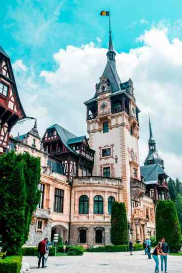 Peles_Castle_5