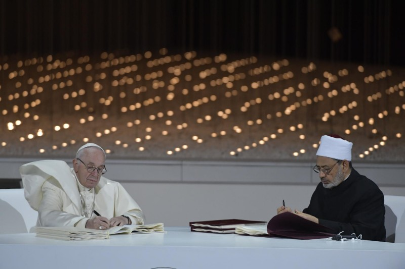 Sua Santità Papa Francesco e il Grande Imam di Al-Azhar Ahamad al-Tayyib