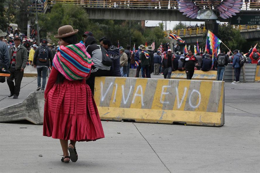 Manifestanti pro Morales
