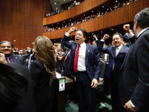 LXIV Legislatura, también resultó sumisa e inmadura