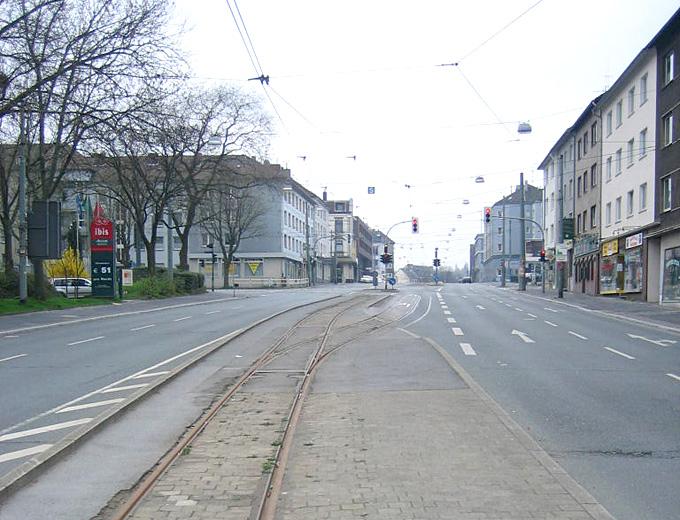 bochum_universitaetsstrasse_03