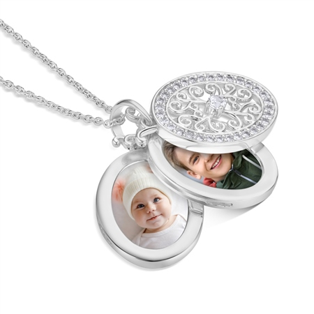 locket with pictures