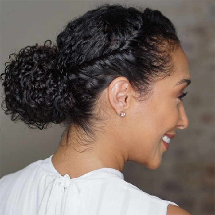 easy hairstyles for curly hair