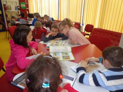 """–""""Ghiduşel cel isteţel"""" – program permanent de învăţare prin joc adresat copiilor între 7-11 ani - la Biblioteca Judeţeană """"Octavian Goga"""" Cluj – 5 februarie 2014"""