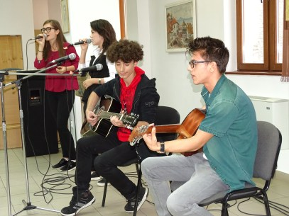 """Moment muzical susținut la Mega-Party cu Trupa """"Ametist"""" a Bibliotecii """"Panait Istrati"""" Brăila, la 12 august 2016. Coordonator dr. Eduard Claudiu Brăileanu"""