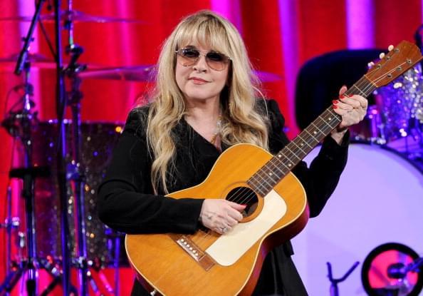 Happy Birthday Stevie Nicks 94 7 Wls Wls Fm