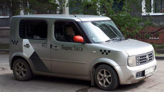 Nissan Cube 2003, серый, О492СТ55